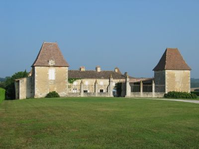 Chateau des Egrons in the Gironde Hills